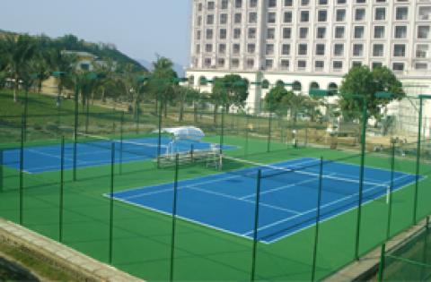 sân tennis tại Đầm già vinpearland nha trang, khánh hòa copy