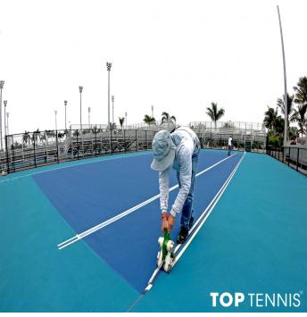 sơn lại sân tennis tiêu chuẩn